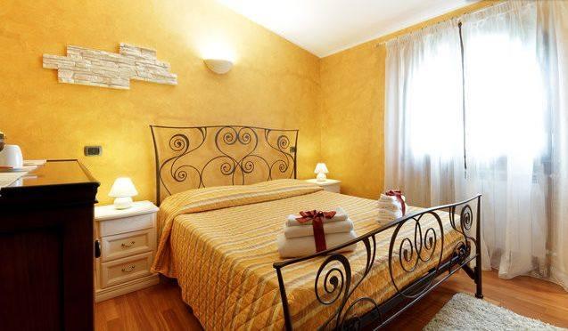 B b la dolce vita cagliari b b villasimius bed and for Arredamento stile sardo